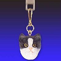 Black & White Tabby Cat Zipper Charm