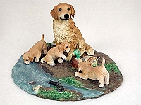 Figurine Mom & Pups Dogs