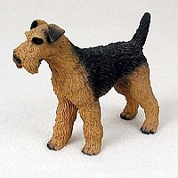 Airedale Standard Figurine