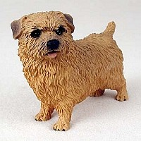 Norfolk Terrier Standard Figurine