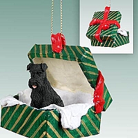 Schnauzer Black w/Uncropped Ears Gift Box Green Ornament