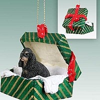 Cocker Spaniel Black & Tan Gift Box Green Ornament