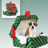Saint Bernard w/Smooth Coat Gift Box Green Ornament