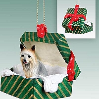 Silky Terrier Gift Box Green Ornament
