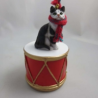 Short Hair Blk/Wht Tabby Drum Ornament
