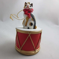 Japanese Bobtail Tort/Wht Drum Ornament