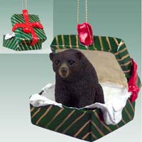 Bear Black Gift Box Green Ornament
