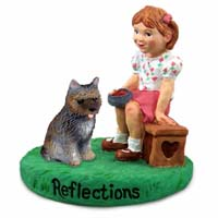 Figurine Reflections Girl w/Dogs