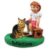 Brown Maine Coon Cat w/Girl Figurine