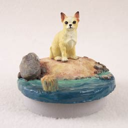 "Chihuahua Tan & White Candle Topper Tiny One ""A Day on the Beach"""