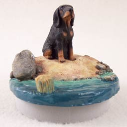 "Coonhound Black & Tan Candle Topper Tiny One ""A Day on the Beach"""