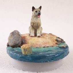 "Akita Gray Candle Topper Tiny One ""A Day on the Beach"""