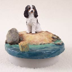 "Cavalier King Charles Spaniel Black & WhiteCandle Topper Tiny One ""A Day on the Beach"""