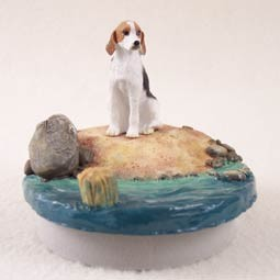"American Fox Hound Candle Topper Tiny One ""A Day on the Beach"""