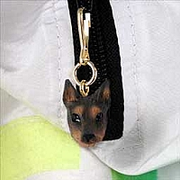 Doberman Pinscher Red w/Cropped Ears Zipper Charm