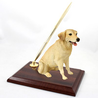 Labrador Retriever Yellow Pen Set