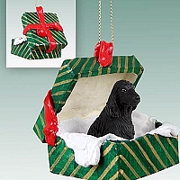 Cocker Spaniel English Black Gift Box Green Ornament