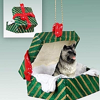 Keeshond Gift Box Green Ornament