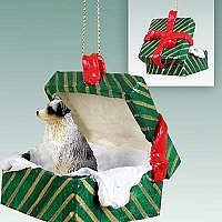 Australian Shepherd Blue w/Docked Tail Gift Box Green Ornament