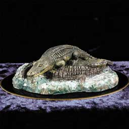 Alligator Figurine (Black Base)