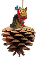Brown Maine Coon Cat Pinecone Pet Ornament
