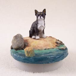 "Chihuahua Black & White Candle Topper Tiny One ""A Day on the Beach"""