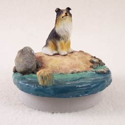 "Collie Tricolor Candle Topper Tiny One ""A Day on the Beach"""